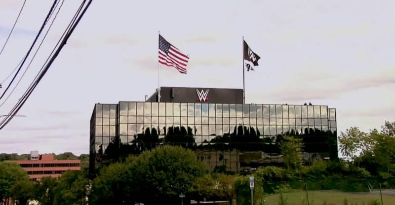 WWE в восторге от первых продаж «живых» шоу